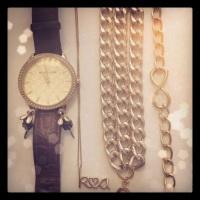 Infinity bracelet - www.alexandrakathlyn.com
